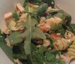 Insalata pasta pollo verdure
