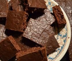 castagnaccio glassato al cioccolato