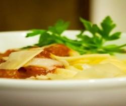spaghetti con fasolari al sugo