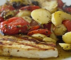 pesce spada al forno con giardiniera di verdure