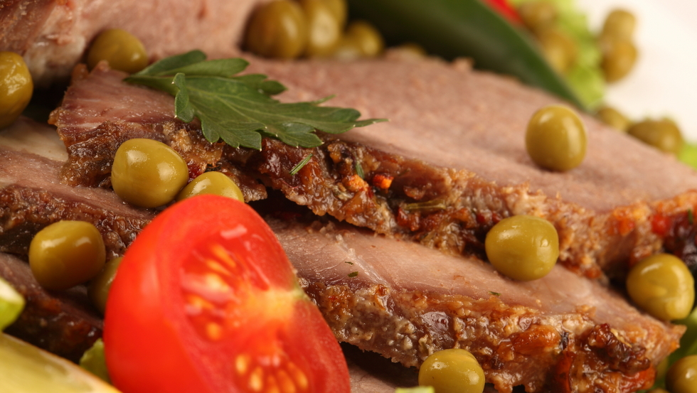 Arrosto di vitello in crosta di pomodori ricette al for Ricette esotiche
