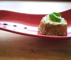 tortino di couscous con pesto e pinoli