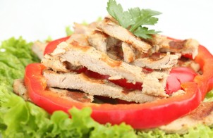 straccetti di pollo con peperoni al balsamico