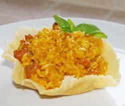 Risotto Zafferano e Salsiccia in Crosta di Parmigiano