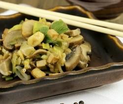 tofu con champignon e soia